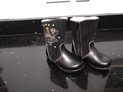 Girls Angel Boots (Black) Bobinni