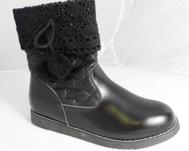 black leather anckle boots
